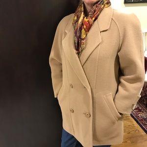 BURBERRY coat ( Authentic)
